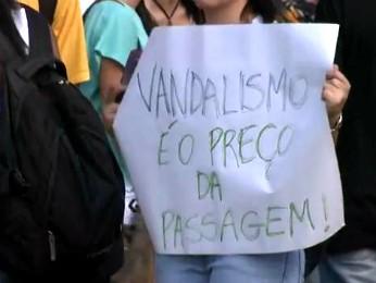 Movimento Passe Livre diz que vai  realizar mais protestos nas próximas semanas (Foto: Reprodução RPC TV Londrina)