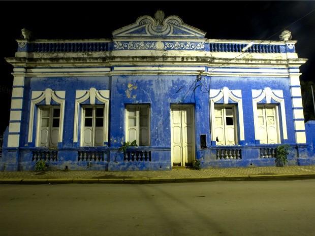 Casarão localizado na área de patrimônio histórico de Cáceres: segundo MPF, conjunto arquitetônico local padece por descaso (Foto: Rafael Coelho/Arquivo Pessoal)