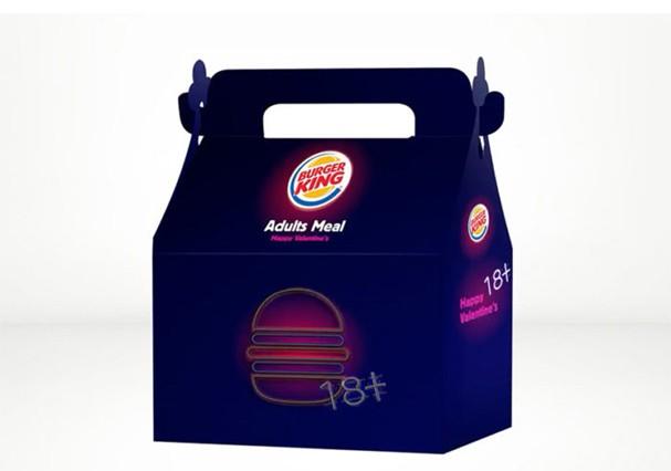 Adults Meal: caixinha do Burger King de Israel que vem com brinquedinhos adultos (Foto: Reprodução/Instagram)