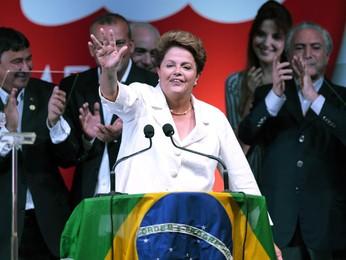 Dilma se diz 'disposta ao diálogo' e afirma que país não está dividido (Ueslei Marcelino/Reuters)