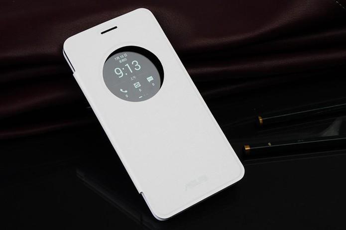 Flip Cover para Zenfone 5 custa R$ 149,00 na loja oficial da Asus