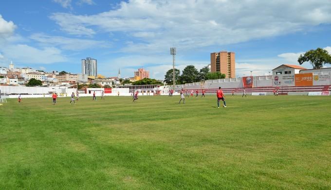 Tricordiano vai jogar mais uma partida longe de sua torcida, desta vez em Divinópolis (MG) (Foto: Lucas Soares)