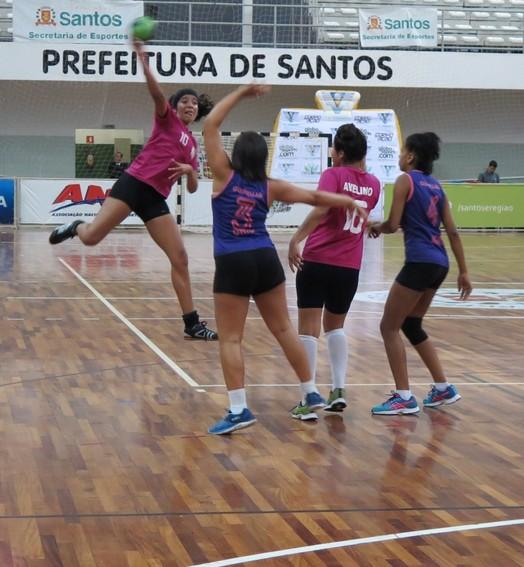 os jogos (Ivair Vieira Jr)
