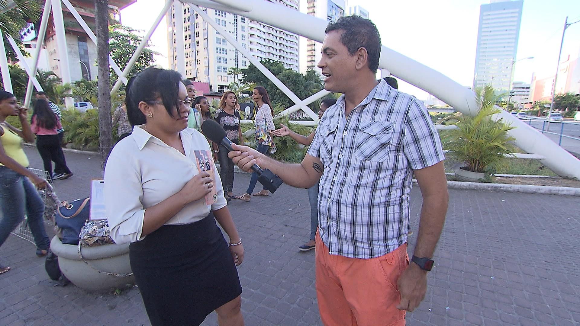 Maurício Oliveira vai às ruas para saber se as mulheres preferem gordinhos ou sarados (Foto: Divulgação)