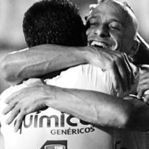 Paulinho e Alessandro Corinthians (Foto: Reprodução/Instagram)
