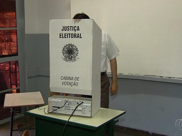 Liberado período para propaganda eleitoral em Goiás; juíza explica regras (Foto: Reprodução/TV Anhanguera)