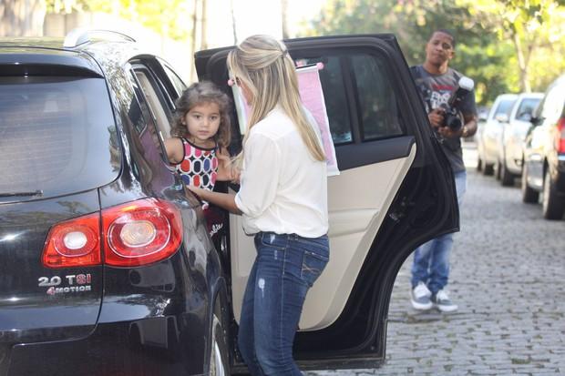 Flavia Alessandra no aniversario de Eva, filha de Angelica e Luciano Huck (Foto: Leo Marinho e Felipe Assumpção / AgNews)