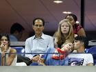 Gigi Hadid ganha beijo de Joe Jonas durante partida de tênis nos EUA
