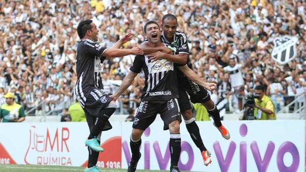 Mota comemora gol do título contra o Guarany de Sobral (Foto: Divulgação/Cearasc.com)