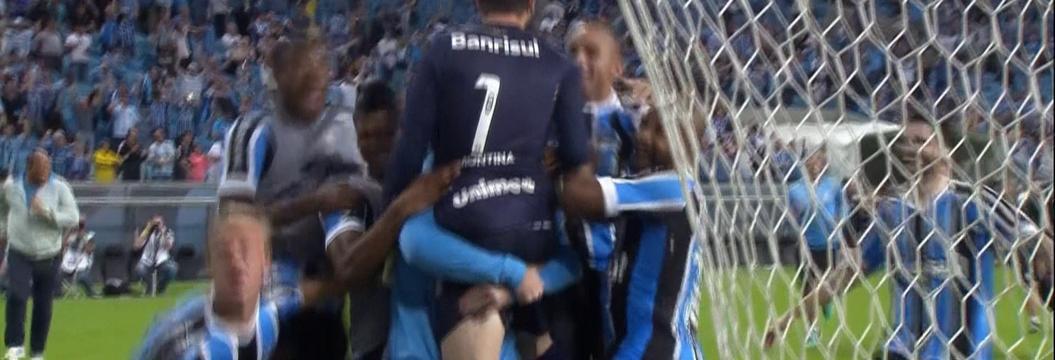 Grêmio x Novo Hamburgo - Campeonato Gaúcho 2015 - globoesporte.com bc6a809d3b585