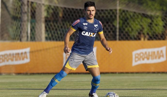 Willian; Cruzeiro; Treino (Foto: Washington Alves/Light Press)