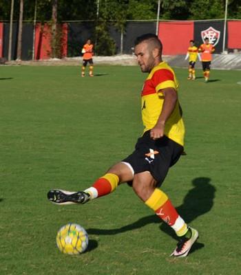 José Welison em treino do Vitória (Foto: Francisco Galvão / Divulgação / E.C. Vitória)