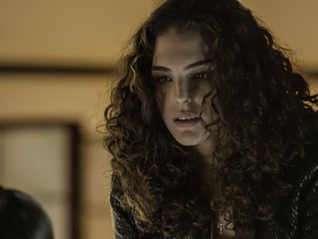 Valentina manda Elisa ficar longe de Bernardo (Foto: TV Globo)