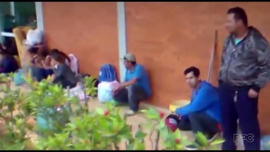 Em protesto no Paraná, 30 famílias acampam em frente à prefeitura