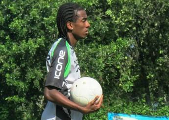 Fidelis, atacante do Rio Branco-ES (Foto: Deysiane Gagno/Rio Branco AC)