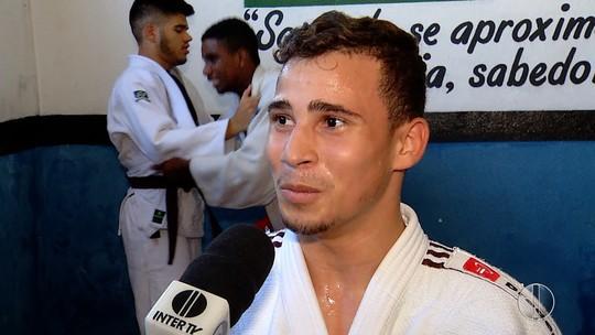 Judoca potiguar treina forte para disputa do Campeonato Mundial Sub-18