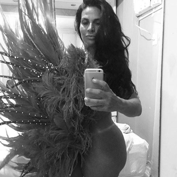 Solange Gomes posa nua (Foto: Instagram/ Reprodução)