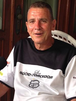 josé melo, treze, torcedor, dinheiro (Foto: Silas Batista / Globoesporte.com/pb)