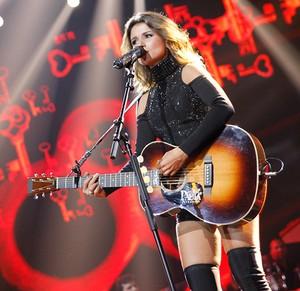 Paula Fernandes está em turnê com o novo álbum Amanhecer (Foto: Lucas Uroz/Divulgação)