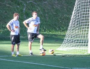 Cuquinha; Cuca; Atlético-MG; Cidade do Galo; treino (Foto: Bruno Cantini / Site Oficial do Atlético-MG)