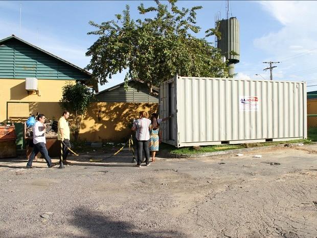 Contêineres foram equipados para retransmitir aulas (Foto: Eduardo Cavalcante/Seduc)