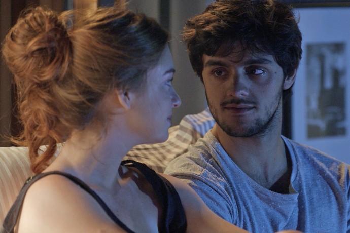 Jonatas pede desculpas a Eliza (Foto: TV Globo)