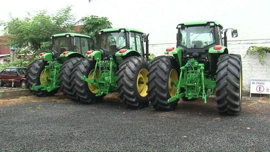 Agricultor denuncia golpe de grupo que tentava vender tratores roubados