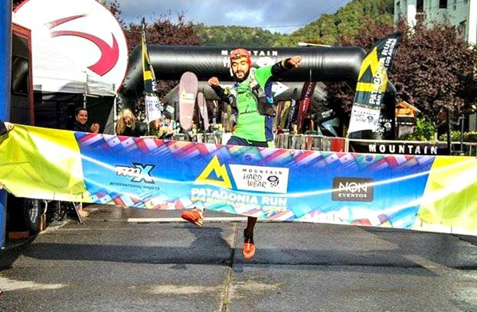 """Sereno, brasileiro vence os 125km da Patagonia Run e garante: """"Não é difícil"""""""