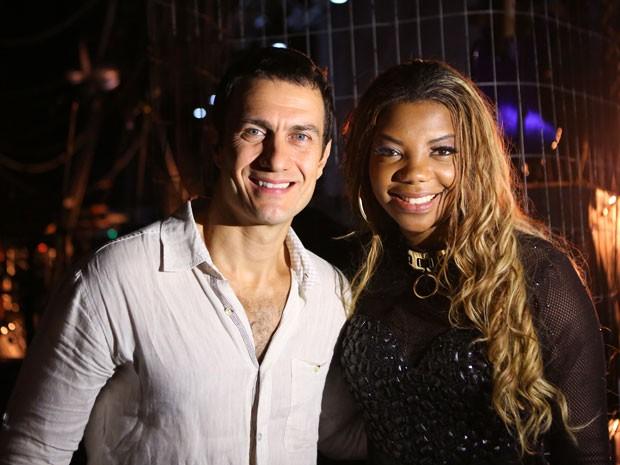 O ator Gabriel Braga Nunes participou das gravações ao lado de Ludmilla (Foto: Carol Caminha/Gshow)