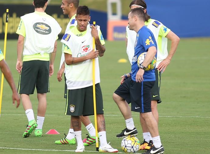 Neymar treino seleção brasileira (Foto: Lucas Figueiredo / MoWA Press)