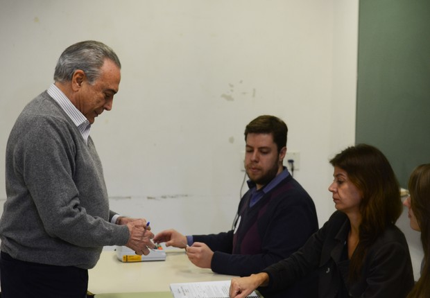 Michel Temer vota em São Paulo (Foto: Rovena Rosa/Agência Brasil)