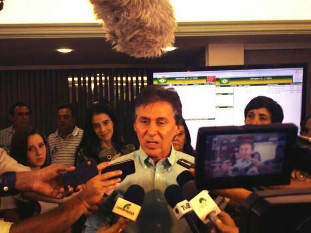 Eunício Oliveira criticou suposto uso de máquina pública (Foto: Gioras Xerez/G1)