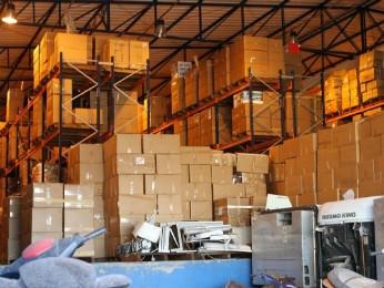 Depois de guardados em depósitos, produtos são doados ou destruídos (Foto: Receita Federal / Divulgação)