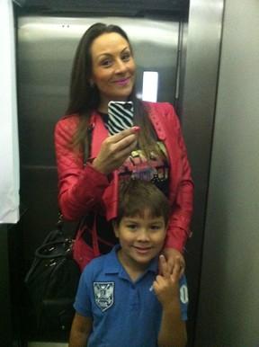 Analy e o filho, Theo (Foto: Arquivo pessoal)