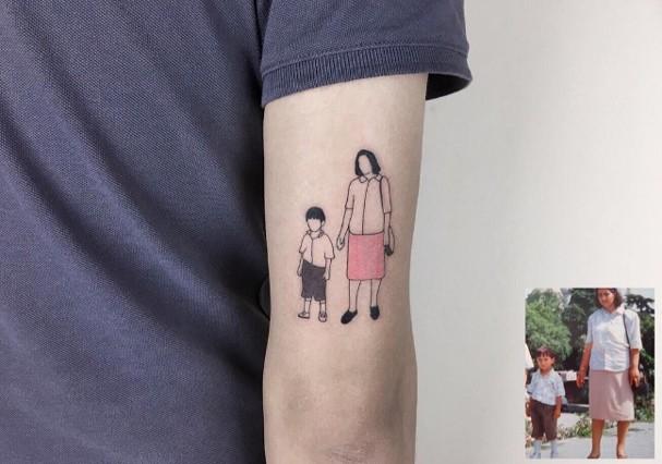 Tatuador cria desenhos minimalistas com fotos antigas (Foto: Instagram/Reprodução)