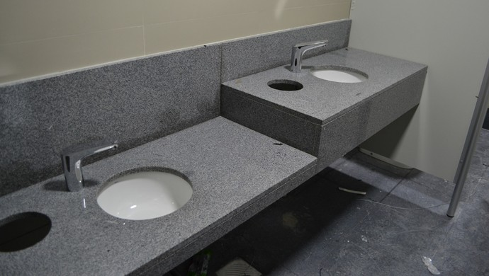 Piás do banheiro da Arena da Baixada, do Atlético-PR (Foto: Site oficial do Atlético-PR/Divulgação)