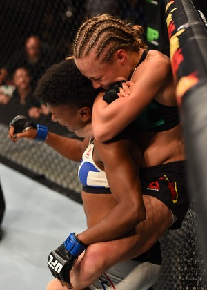 Rose Namajunas Angela Hill UFC 192 MMA (Foto: Getty Images)