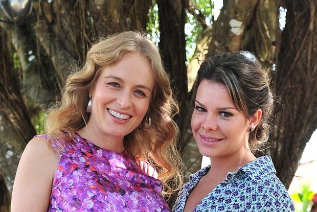Angélica e Fernanda Souza em Trancoso (Foto: TV Globo / Tarso Figueira)