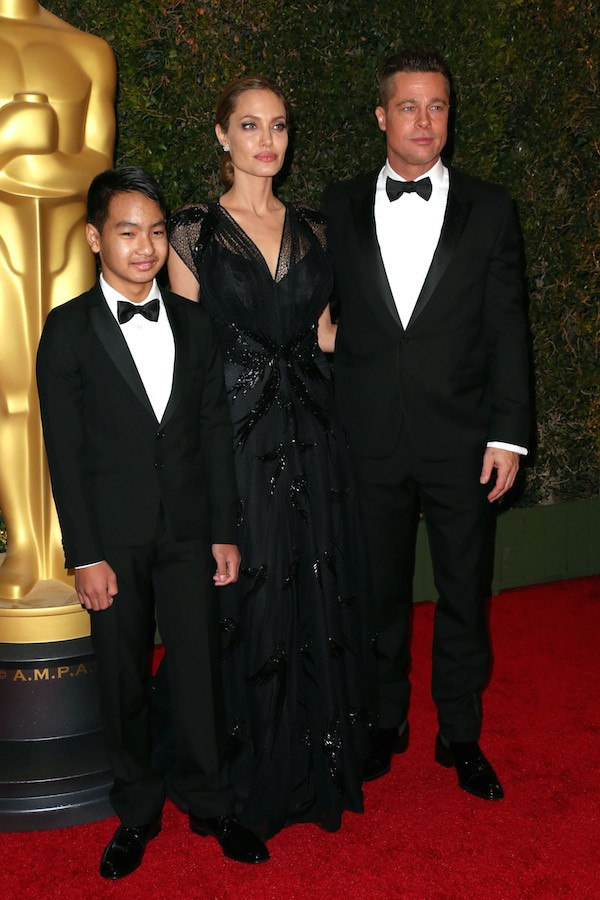 Brad pitt, Angelina Jolie e Maddox (Foto: Getty Images)