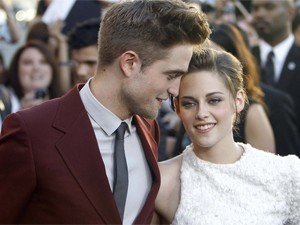 Robert Pattinson e Kristen Stewart (Foto: Reuters)