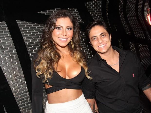 Thammy Miranda e a namorrada, Andressa Ferreira, em boate em São Paulo (Foto: Thiago Duran/ Ag. News)