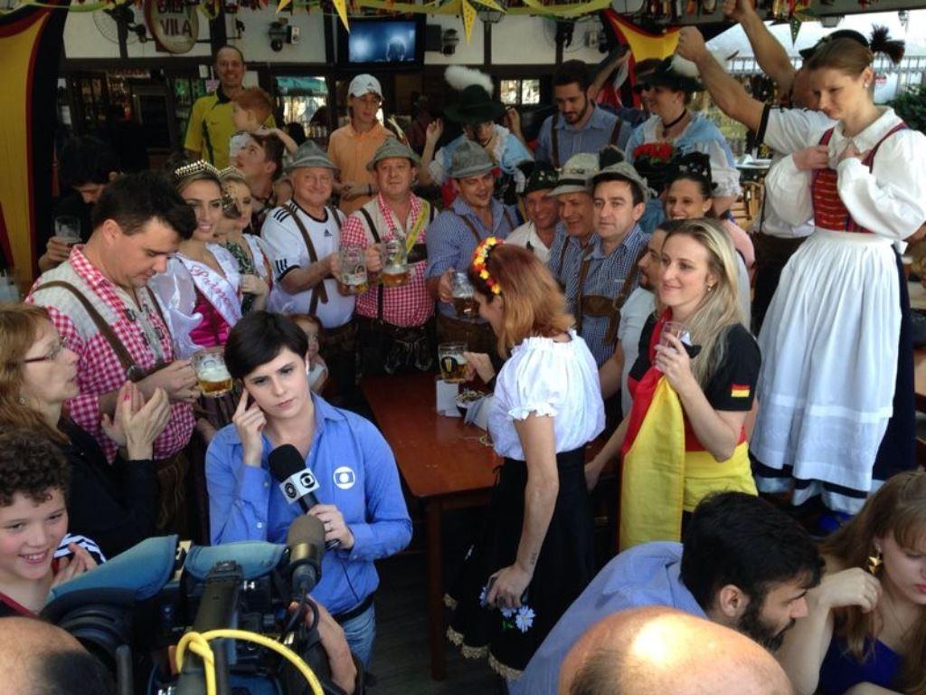 Torcida da Alemanha se reuniu em Blumenau (Foto: Bruna Neto)