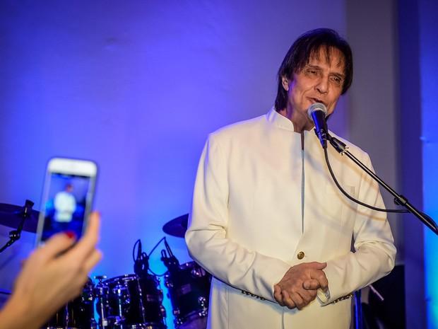 Roberto Carlos em show em São Paulo (Foto: Francisco Cepeda/ Ag. News)