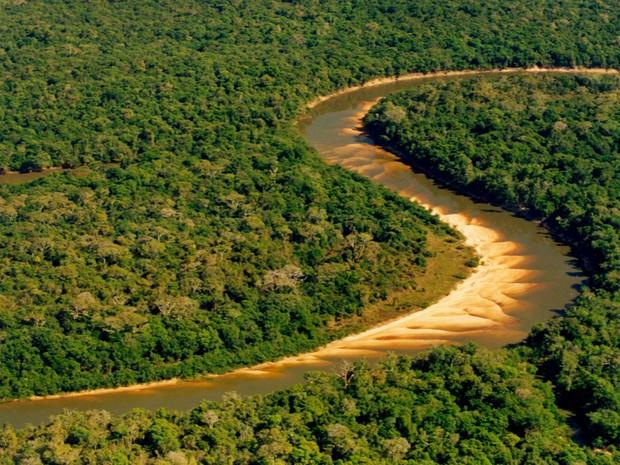 Rio do Coco, um dos rios do Parque Estadual do Cantão (Foto: Márcio di Pietro/ATN Divulgação)
