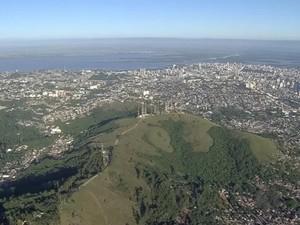 Porto Alegre terá máximas entre 33°C e 38°C neste fim de semana (Foto: Reprodução/RBS TV)