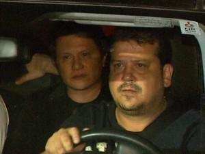 Giovani não deu declarações durante o velório da filha, Gessyca Morais, em Franca (SP) (Foto: Márcio Meireles/EPTV)