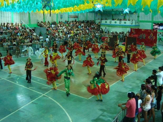 Festival de quadrilhas começou nesta segunda-feira (9) em Monte Alegre (Foto: Cintia Macedo/G1)