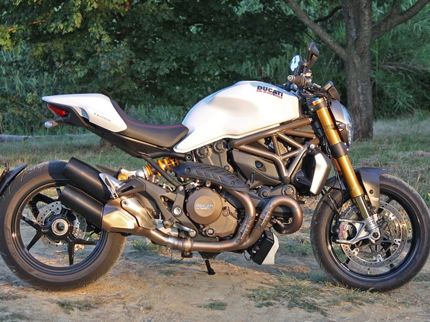 Ducati Monster 1200S (Foto: Rafael Miotto / G1)