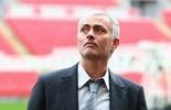 José Mourinho está convencido de que substituirá Van Gaal no United (Getty Images)