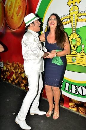 Elymar Santos e Luiza Brunet (Foto: Roberto Teixeira / EGO)